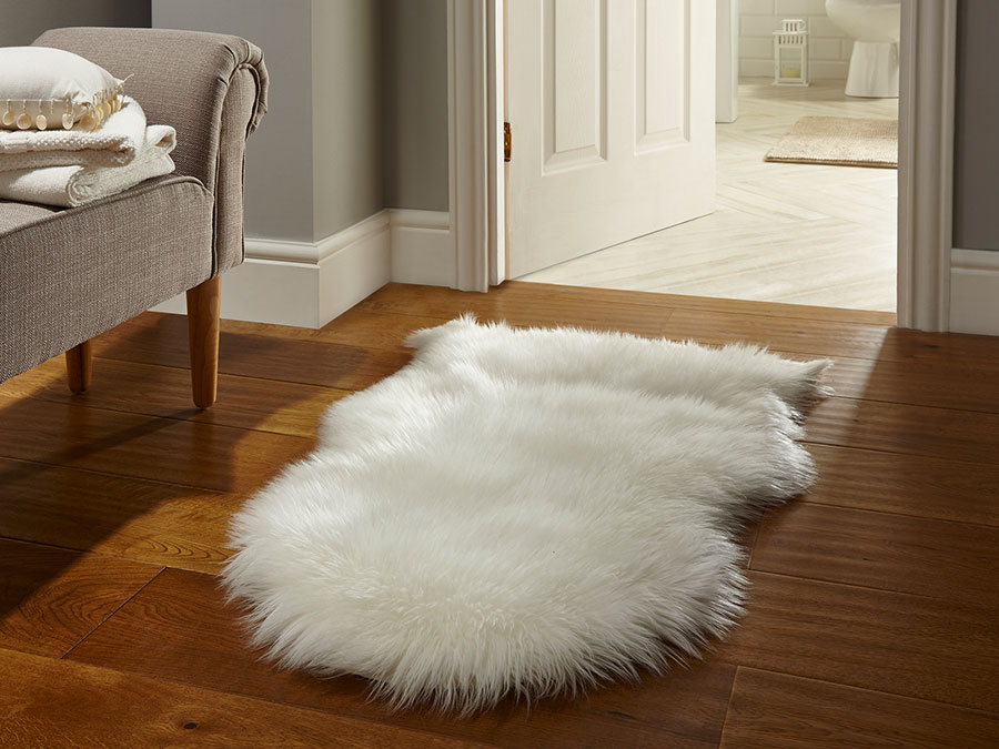 Faux-Fur-Sheepskin-Cream