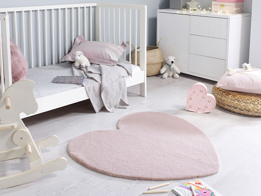 Amour Heart Flair Rugs